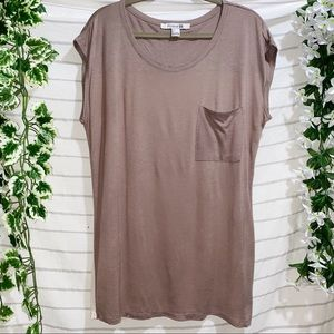 FOREVER 21 Two Tone Tee